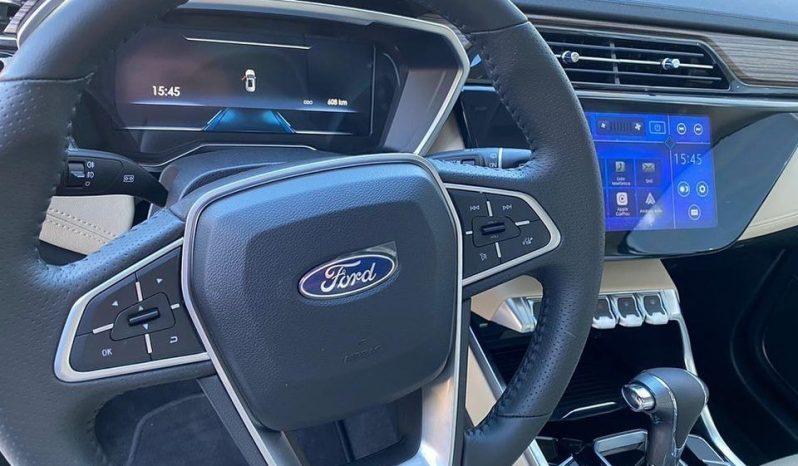 Ford Territory cheio
